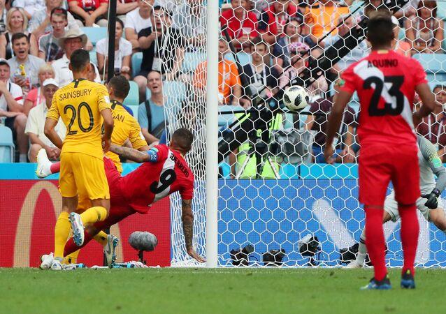 هدف بيرو في مباراة أستراليا