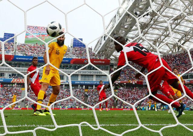 فرصة ضائعة للمنتخب الأسترالي في مباراة بيرو