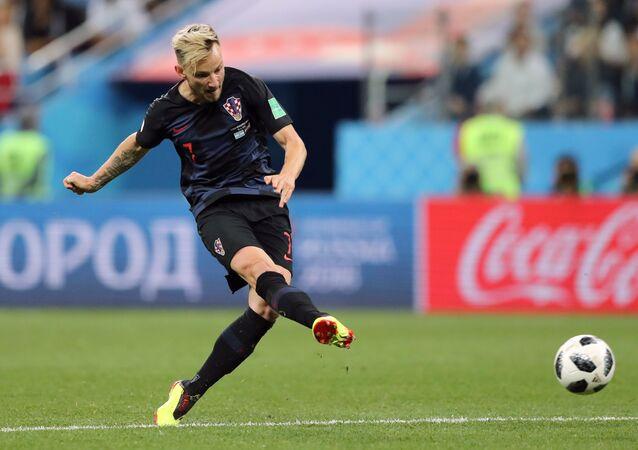 راكيتيش لاعب المنتخب الكرواتي و نادي برشلونة الإسباني