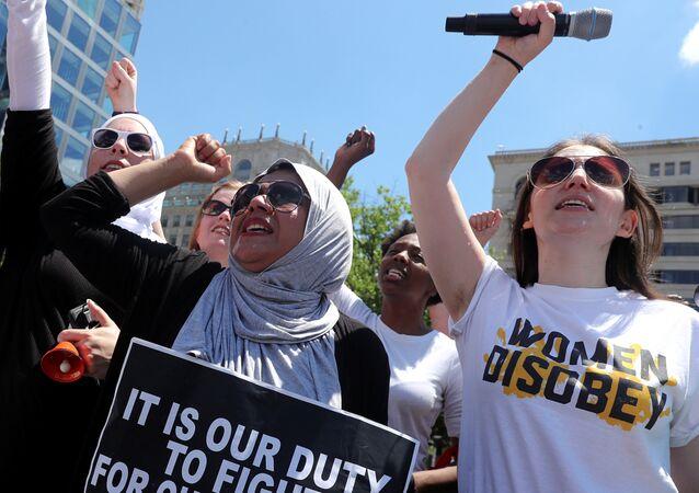 اعتصام ضد سياسة ترامب للهجرة