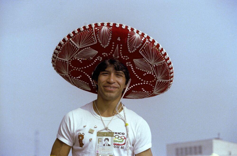 رياضي مكسيكي خلال دورة الألعاب الأولمبية الـ 22، (19 يوليو - 3 أغسطس) 1980
