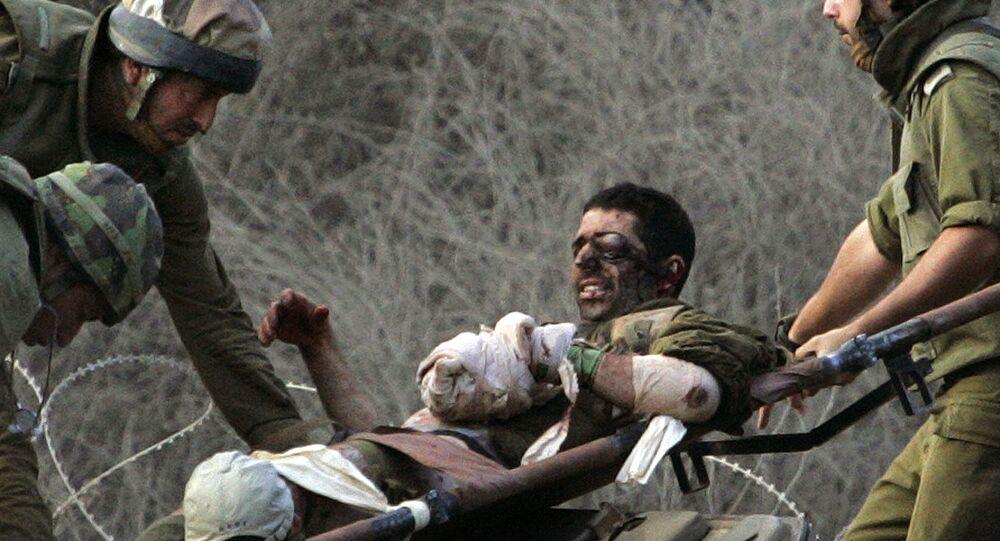 جندي إسرائيلي جريح بعد استهداف حزب الله في حرب تموز 2006