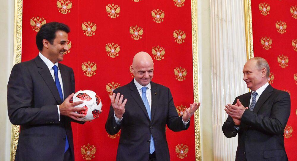 تميم بن حمد وفلاديمير بوتين