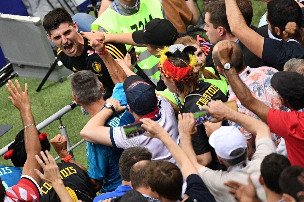 حارس المنتخب البلجيكي تيبو كورتوا توج كأفضل حارس