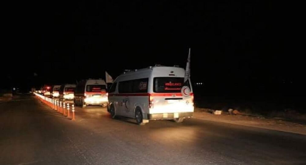 سيارات الإسعاف التابعة للهلال الأحمر العربي السوري أخرجت 15 حالة إنسانية حرجة من داخل بلدتي كفريا والفوعة عبر معبر العيس باتجاه محافظة حلب