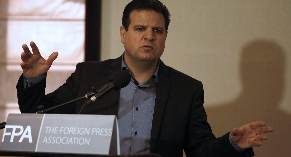 أيمن عودة، محام وسياسي، نائب في الكنيست الإسرائيلي عن القائمة المشتركة