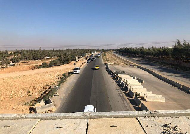 طريق الحرير السوري...أوتسترادات مأجورة تربط موانئ المتوسط بالعراق وتركيا بالأردن