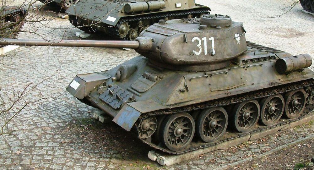 دبابات الجيش الأحمر