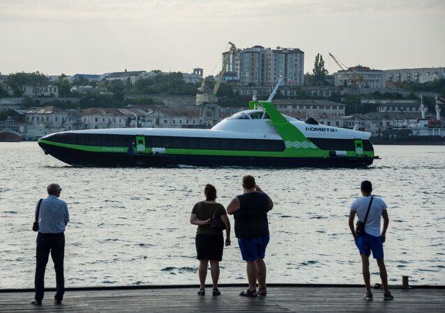 إطلاق أول رحلة لمركبة بحرية عالية السرعة كويتا 120م على الطريق بين سيفاستوبول ويالطا