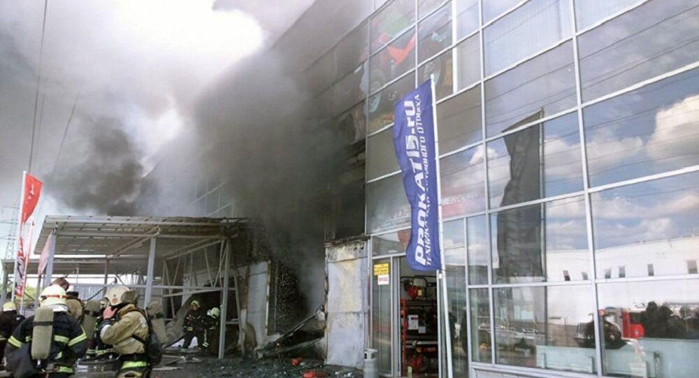 حريق في معرض للدراجات النارية في إحدى ضواحي موسكو