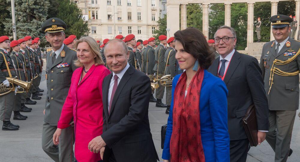 الرئيس الروسي فلاديمير بوتين في النمسا