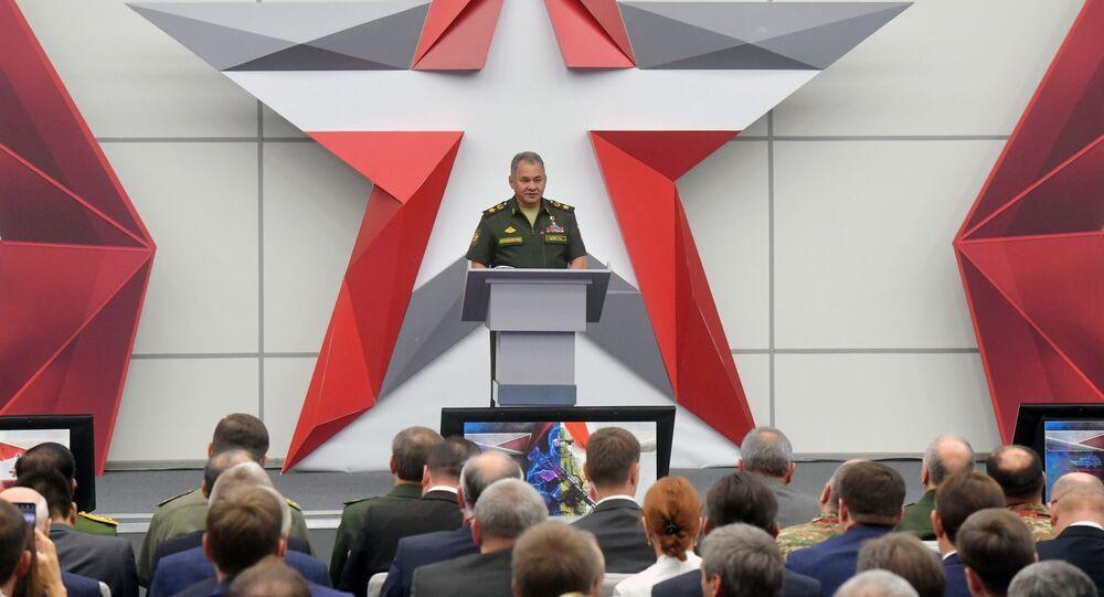 وزيرالدفاع الروسي سيرغي شويغو خلال افتتاح منتدى آرميا 2018 (الجيش 2018 العسكري الدولي الرابع في كوبينكا بضواحي موسكو