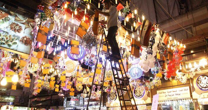 دمشق القديمة وحلوياتها الشرقية تحتفي بـ عيد الأضحى