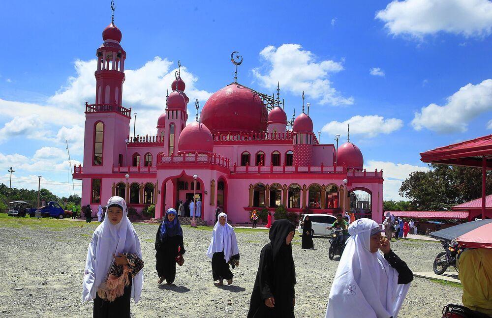 المسجد الزهري (مسجد ديماوكوم) في الفلبين
