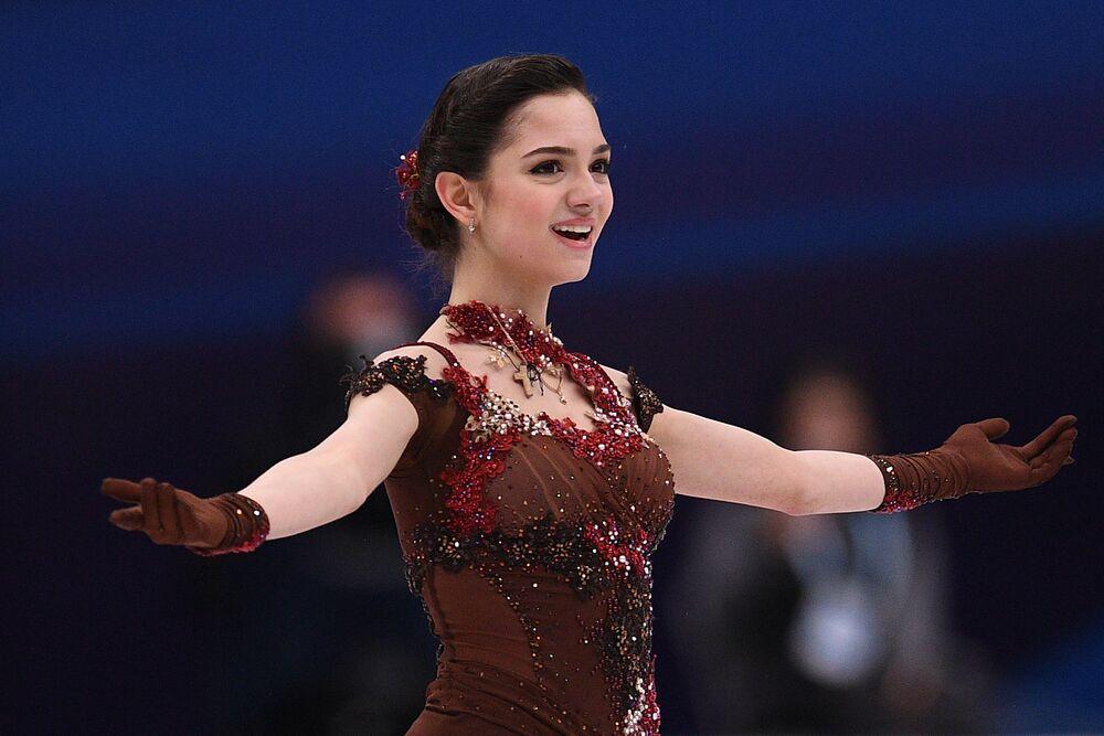 الرياضية الروسية - المتزلجة على الجليد يفغينيا مدفيديفا