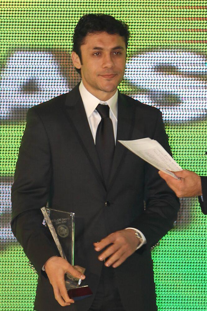 لاعب كرة القدم المصري أحمد مصري
