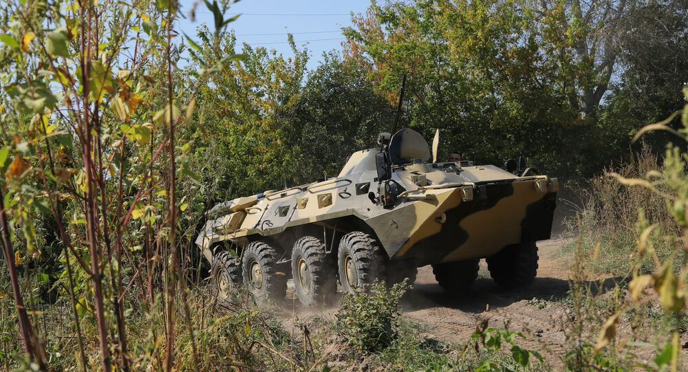 عربة بي تي إر-80