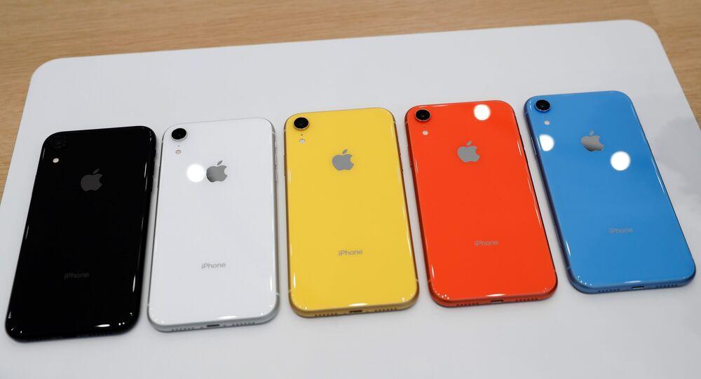 الألوان المتعددة لهواتف آيفون إكس آر