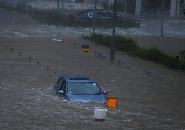 إعصار مانكوت
