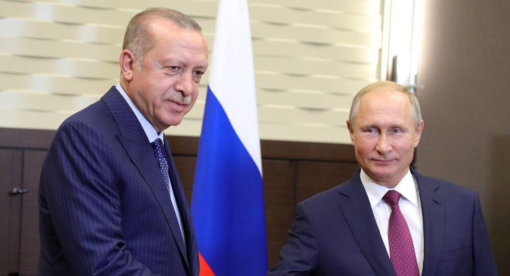 لقاء الرئيسين الروسي فلاديمير بوتين والتركي رجب طيب أردوغان
