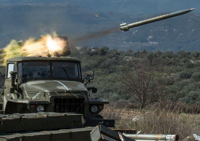 مدفعية الجيش السوري في ادلب (صورة ارشيفية)