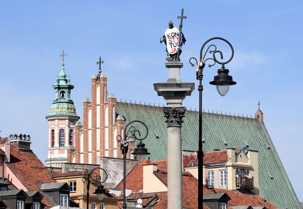 نصب تذكاري لملك بولندا السابع عشر - الملك سيغموند الثالث في وارسو، 17 سبتمبر/ أيلول 2018