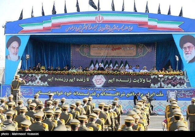 العرض العسكري للحرس الثوري والجيش في العاصمة طهران