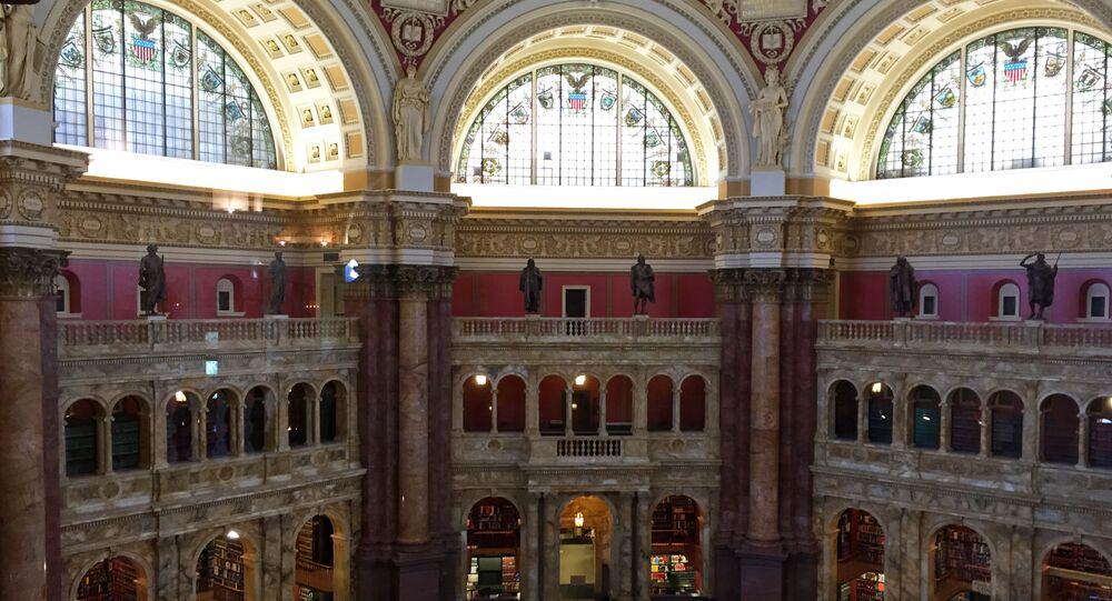 قاعة المطالعة بمكتبة الكونغرس الأمريكي في واشنطن، الولايات المتحدة
