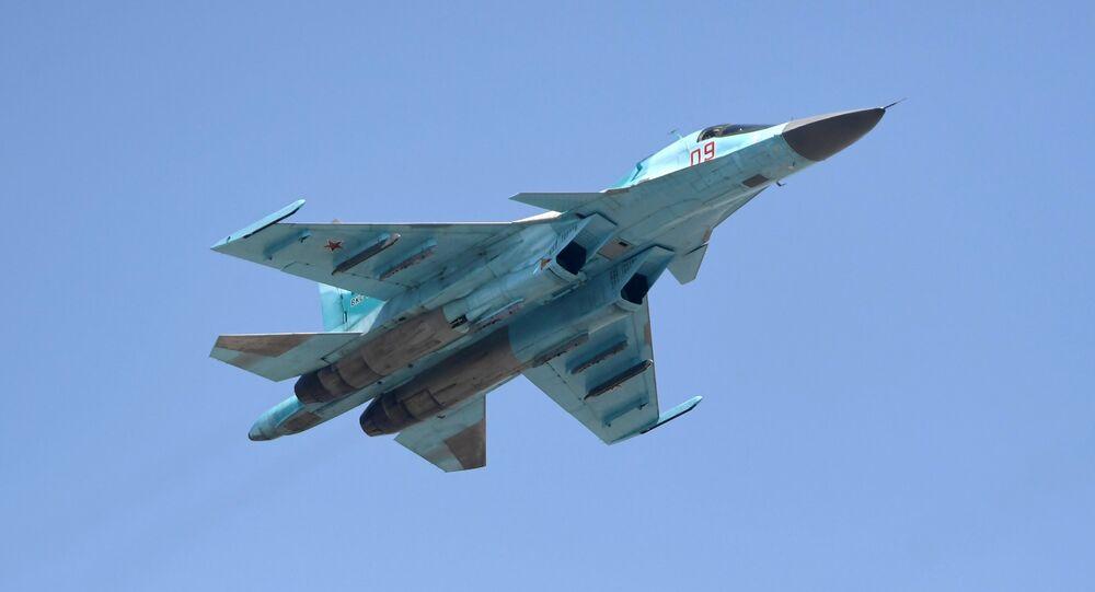 مقاتلة قاذفة سو-34