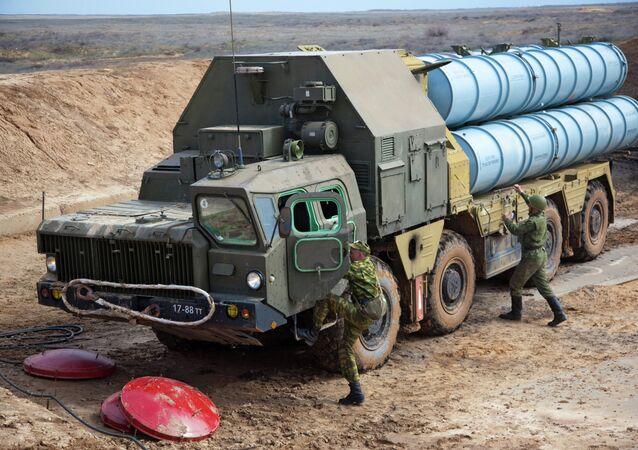 منظومة الصواريخ المضادة للطيران إس-300