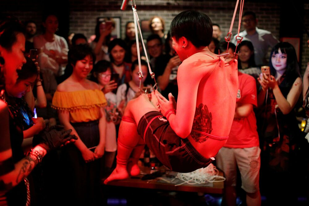 عرض مذهل للفنان الصيني وين يلاين في شنغهاي، الصين 16 سبتمبر/ أيلول 2018