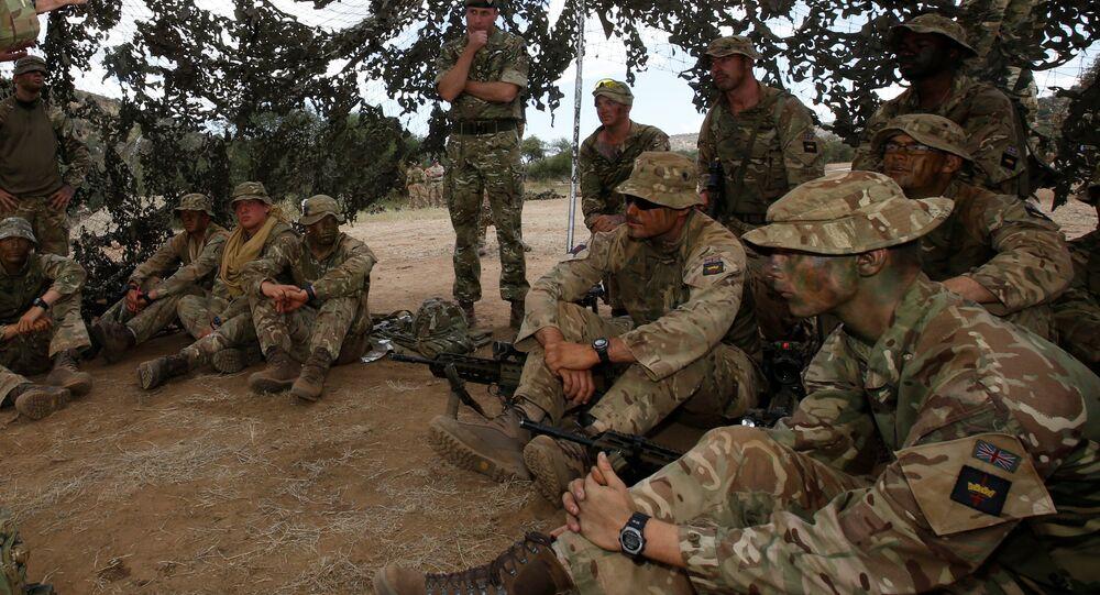 الجيش البريطاني خلال التدريبات