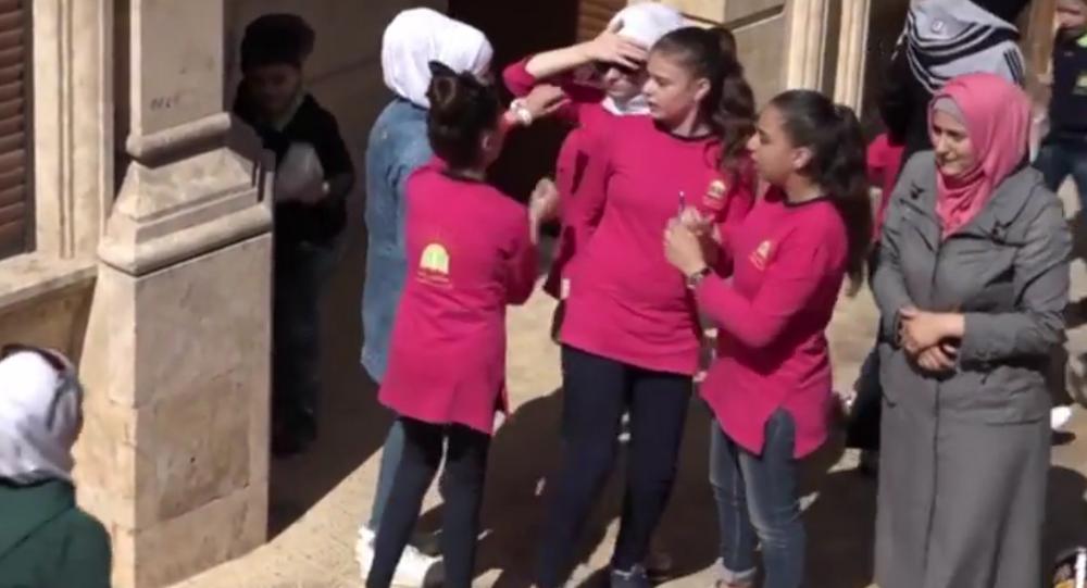 الطفلة السورية سيدرا زعرور