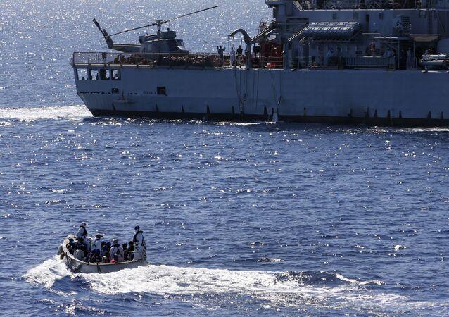 عملية صوفيا لمكافحة الهجرة غير النظامية قبالة سواحل ليبيا