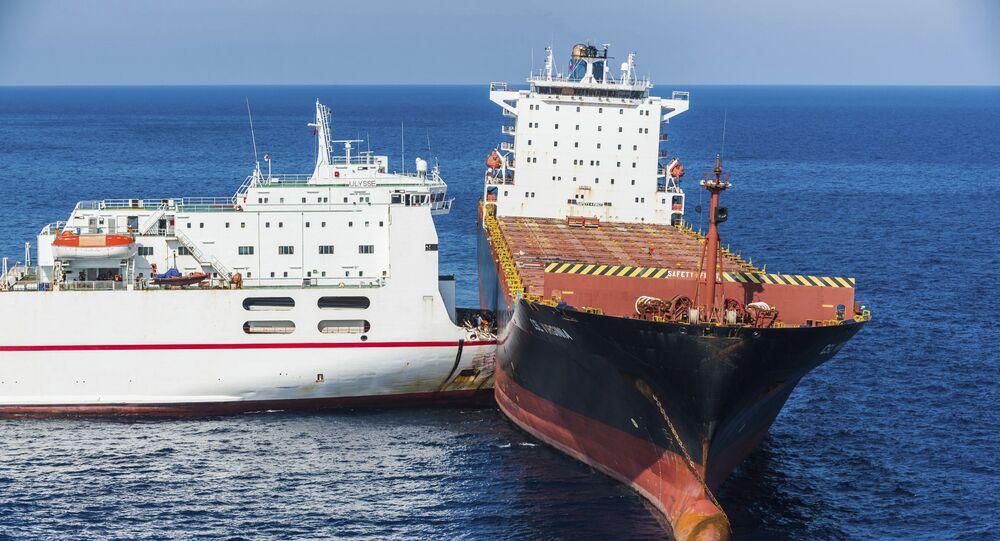 اصطدام سفينتي القبرصية والتونسية في مياه البحر المتوسط بالقرب من جزيرة كورسيكا، 8 أكتوبر/ تشرين الأول 2018