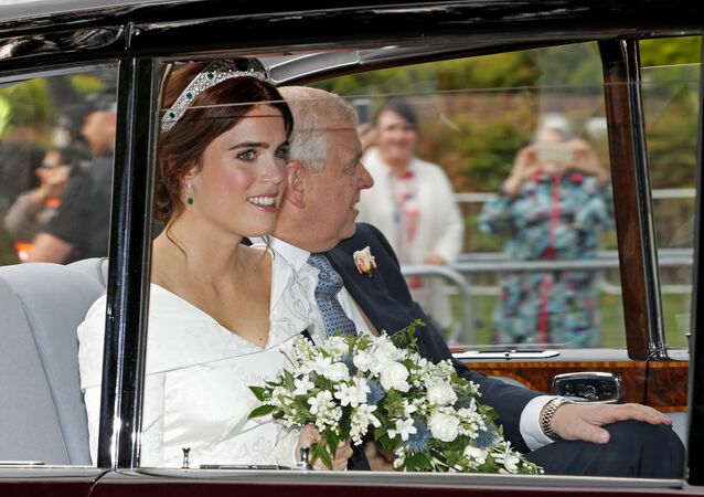وصول الأميرة يوجيني حفيدة الملكة إليزابيث إلى قلعة وندسور، بريطانيا 12 أكتوبر/ تشرين الأول 2018