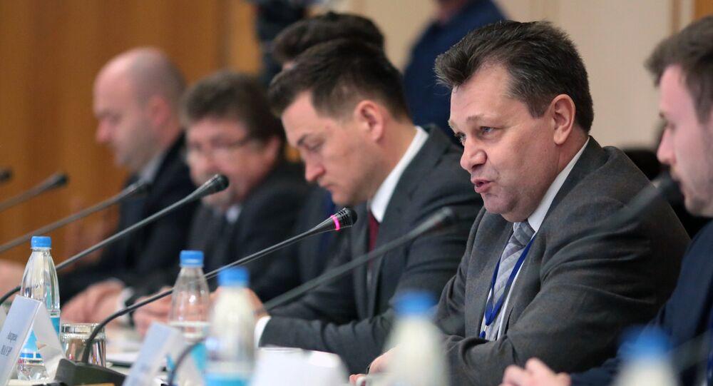 فلاديمير كونستانتينوف