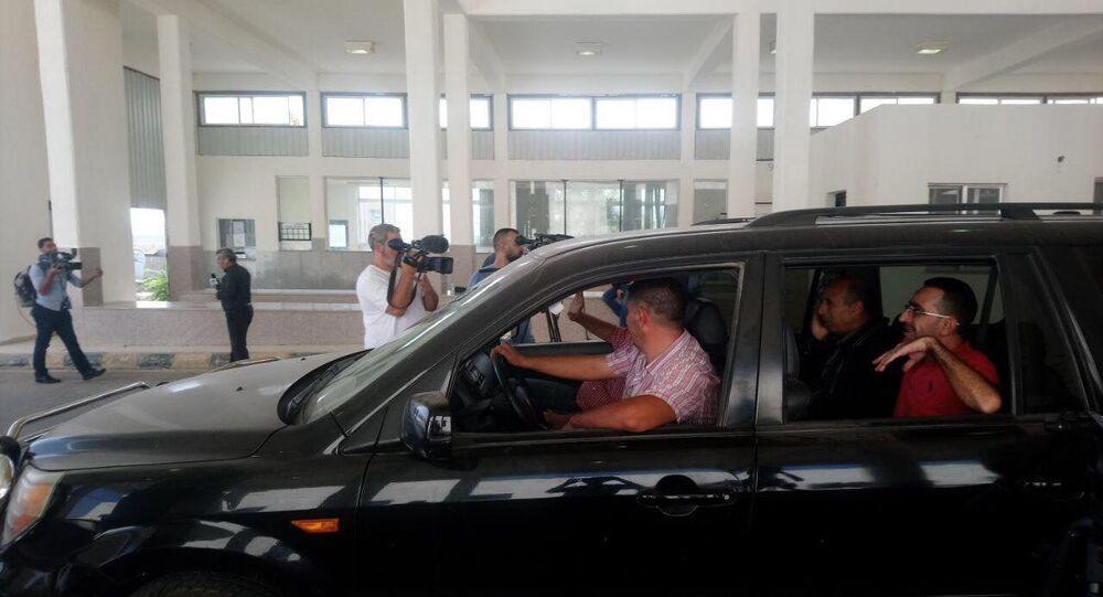 بدء حركة مرور المسافرين في معبر نصيب الحدودي بين سوريا و الأردن