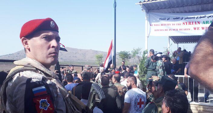 بحضور نائب قائد القوات الروسية في سوريا...افتتاح معبر القنيطرة - الجولان المحتل