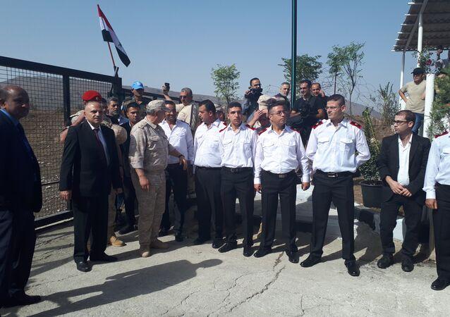 بحضور نائب قائد القوات الروسية في سوريا...افتتاح معبر القنيطرة- الجولان المحتل