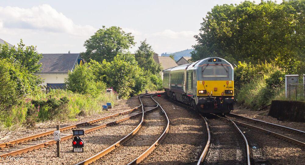 قطار كالدونيان سليبير الجديد (Caledonian Sleeper) تربط لندن باسكتلندا في المملكة البريطانية المتحدة