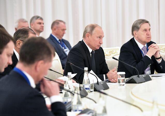 زيارة الرئيس الروسي فلاديمير  بوتين إلى أوزبكستان