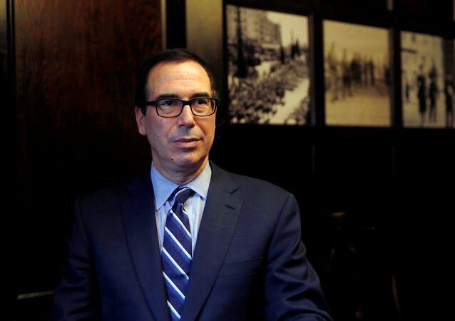 وزير الخزانة الأمريكي ستيفن منوشين