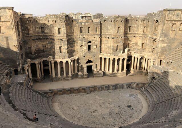 ركام مدينة بصرى في محافظة درعا، سوريا