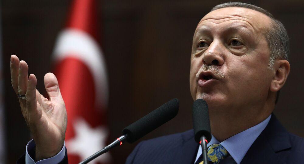 الرئيس رجب طيب أردوغان يلقي كلمة أمام البرلمان التركي، 16 أكتوبر/ تشرين الأول 2018