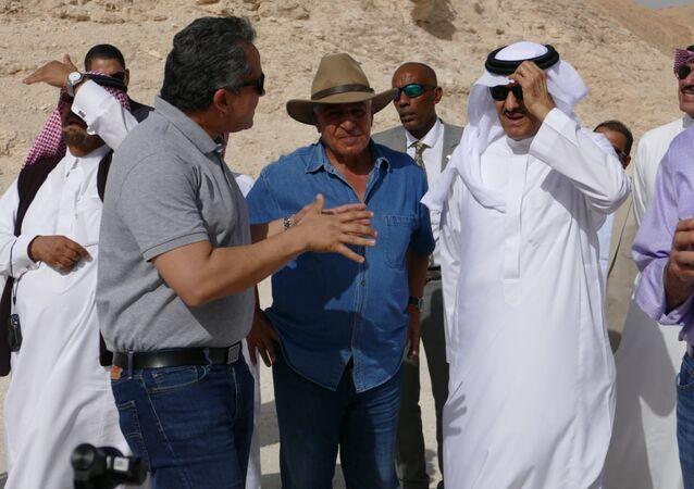 سلطان بن سلمان وزير الآثار السعودي و خالد العناني وزير الآثار المصري وزاهي حواس