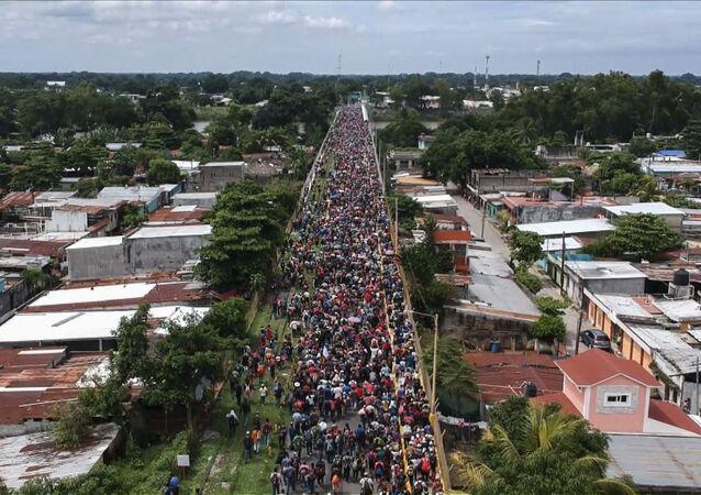 قافلة من المهاجرين على حدود غواتيمالا و المكسيك، يتجهون إلى حدود الولايات المتحدة الأمريكية 19 أكتوبر/ تشرين الأول 2018