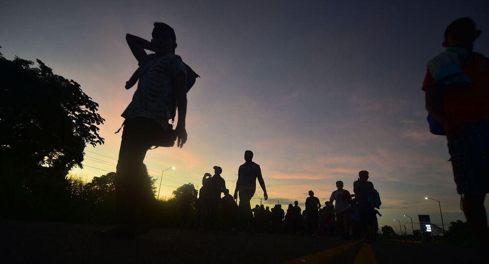 قافلة من المهاجرين يتجهون من المكسيك إلى حدود الولايات المتحدة الأمريكية، 21 أكتوبر/ تشرين الأول 2018