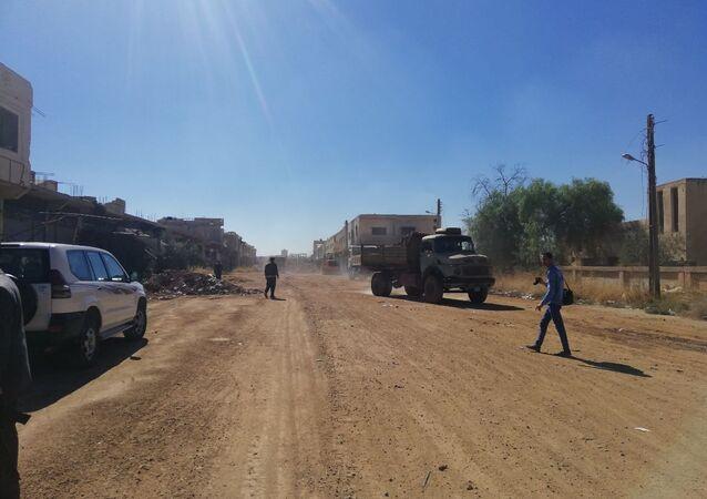 بحضور عسكري روسي.. فتح الطرق المؤدية إلى مخيم اللاجئين الفلسطينيين بدرعا
