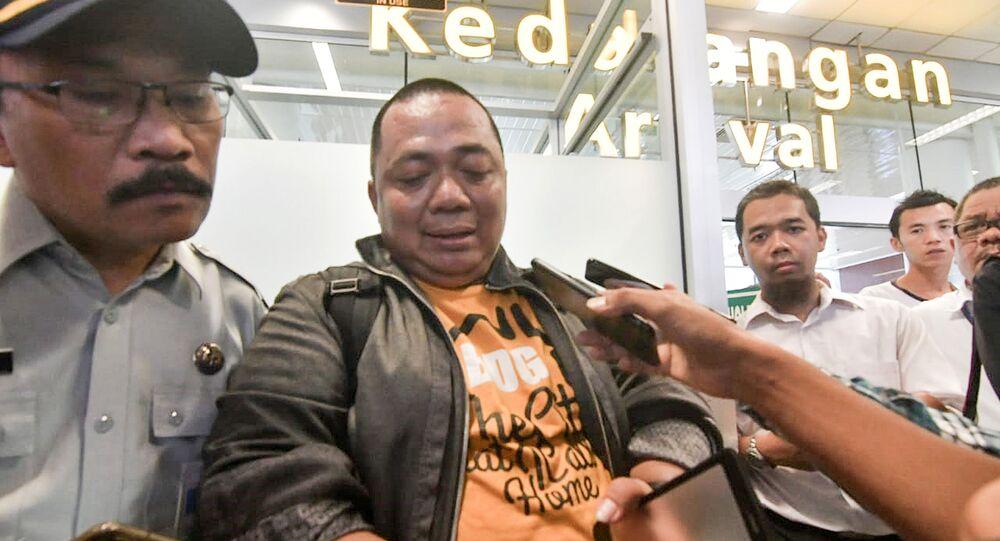 الشخص الناجي من تحطم الطائرة الإندونيسية، سوني سيتياوان